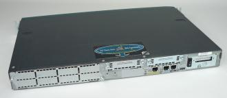CISCO 2611XL Modular Access Router
